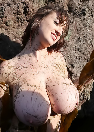 All Dirty And Busty Lana Kendrick